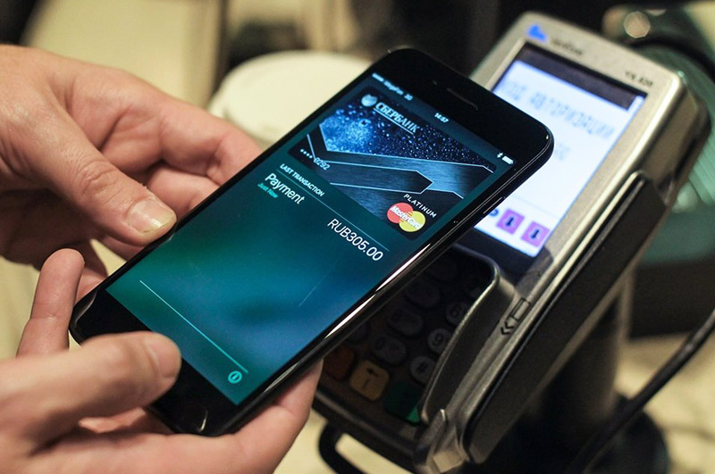 Iphone se can I pay by card  Apple Pay and Yandex Money: Top
